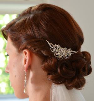 Vintage inspired pearl & rhinestone hair comb
