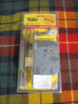 Yale BS5 Lever Lock