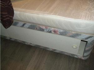 divan & mattresse free in Middlesbrough