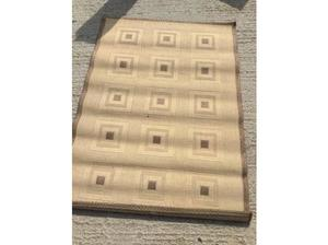 hessian brown and beige rug approx 3 1/2 ft by 5ft £ 10 in