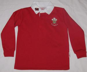 """Childs Red WALES RUGBY SHIRT, size 28"""",approx 7-8 yrs,"""