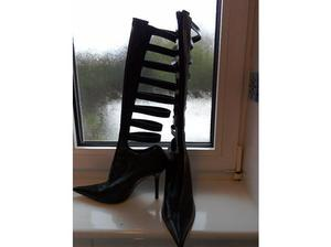 FAITH SOLO BLACK LEATHER BOOTS in Hull