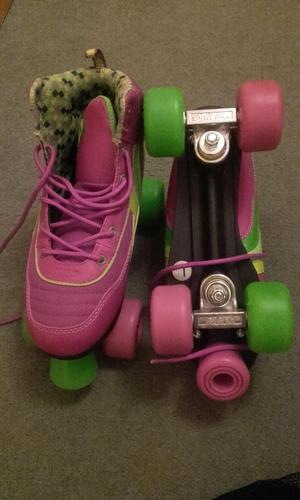 Girls size 7 roller boots