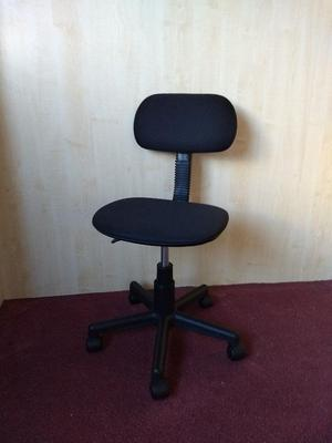 Office chair for children in very good condition