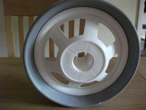 Wheels for golf buggy