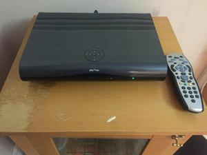 Pace 80gb sky box sd version excellent | Posot Class