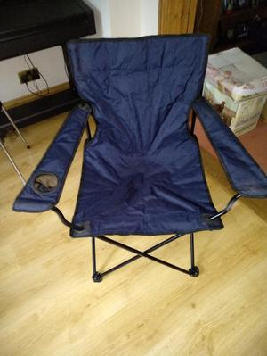 4 folding camping chairs