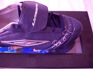 FRANK LAMPARD SIGNED FOOTBALL BOOT.