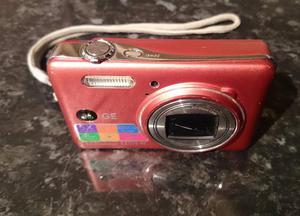 GE Gen Electric EW Digital Camera - Red Faulty