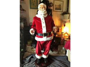 Life-size 5ft Outdoor Santa Singing Dancing Father Christmas