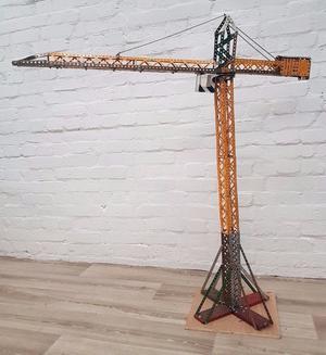 Meccano Crane (DELIVERY AVAILABLE)