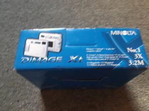 Minolta Dimage Xt Camera