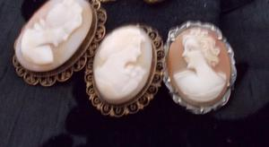 Set of 3 vintage old cameo s Brooches