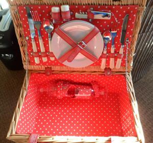 Two Person Fitted Picnic Basket