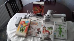 Wii Consol with 2 controllers etc