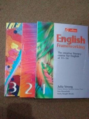 English frameworking books(pack of 3)