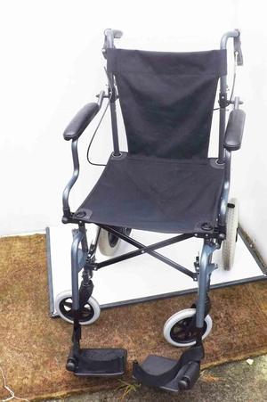 Push light weight fixed wheelchair