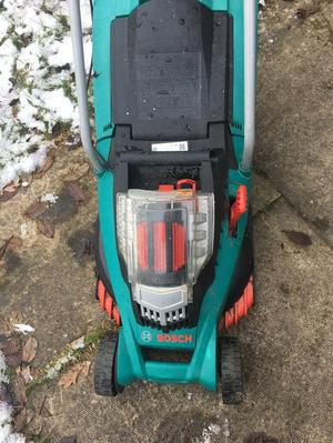 Bosch Rotak cordless battery operated lawnmower
