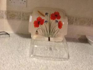 Decorator a Mano lovely cake display dish with dome lid