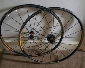 For sale is a set of the Mavic Aksium Race wheels.