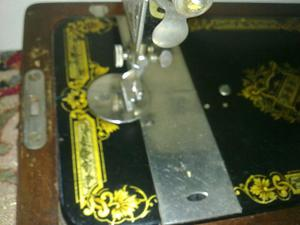 Old Singer 26K Sewing Machine excellent condition