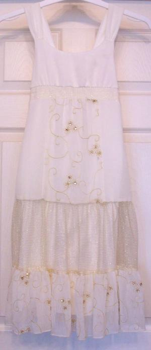 PRETTY LADIES CREAM DRESS WITH GLITTER DETAIL BY HYPE - SZ 8