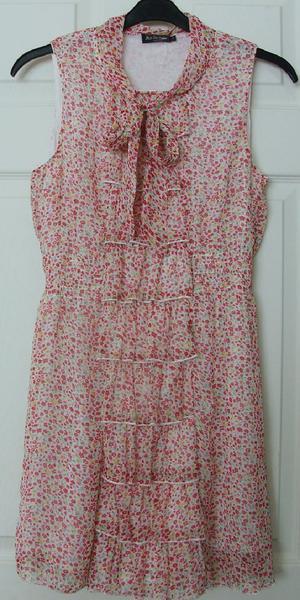 PRETTY LADIES FLOWERED DRESS/TOP BY MISS HARVEY - SZ 10 B17