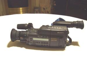 Sony video camcorder with 30+ vhs tapes