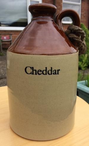 Stoneware cider flagon