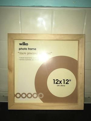 Wilko photo/picture frame - brand new