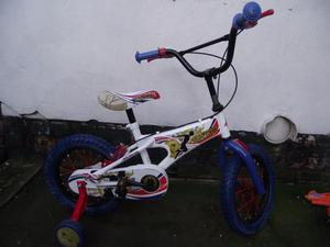 "Boys Bike 14"" Wheels and Stabilizers Excellent Condition"