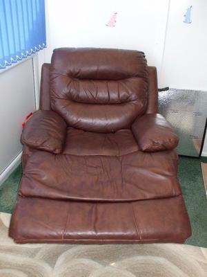 DFS REAL LEATHER RECLINER CHAIR CAN DELIVER