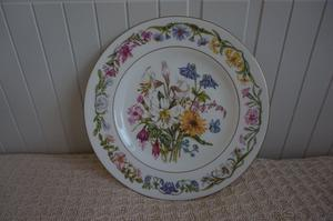 "RHS Collectors' Plate No. 3, ""Summer Flowers"" (), Royal Worcester Fine Bone China"