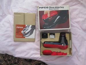 pifco battery operated shoe shine set £15
