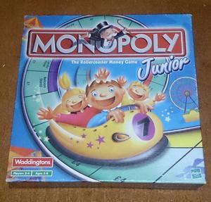 Hasbro Waddingtons Junior Monopoly board game age 5-8 family fun full set