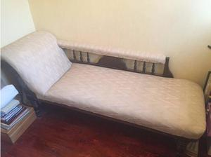 Victorian Chaise Longue in Wolverhampton