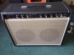 s Selmer 30SS guitar amplifier with reverb