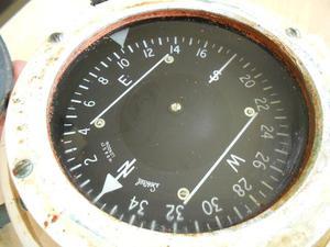 sestrelboat compass.