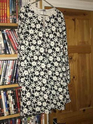 Brand new dolly's boutique dress size s/m