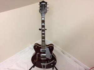 Gretsch GT Electromatic hollow body guitar