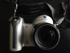 Konica Minolta dimage z3. with Jessop case & strap nice little camera