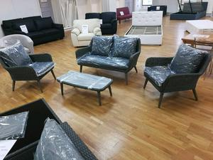 Rattan 4 peice furniture set with cushions 2 seater 2 x 1 seaters and table