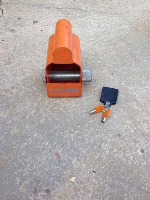 Saracen hitch lock