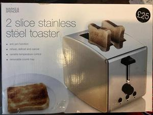 Stainless Steel/cream 2 slice toaster -NEW