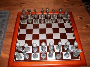 brand new boxed golf themed chess set