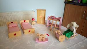 Doll's house furniture and dolls