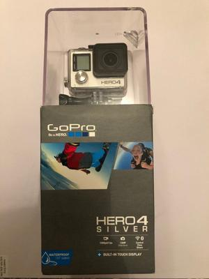 GoPro Hero 4 Silver + Accessories