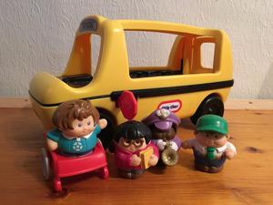 Vintage little tykes figures