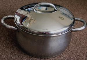 5L STAINLESS STEEL STOCK POT BY EUROCOOK