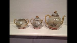 Antique Japanese tea set